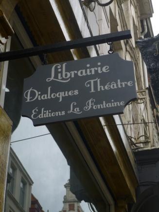 enseigne - Librairie dialogues théâtre -