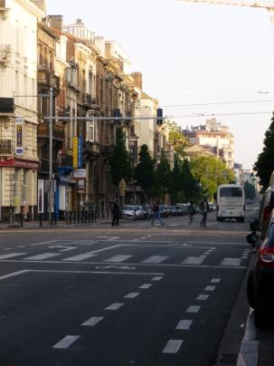 Avenue de la Couronne presque vide #1